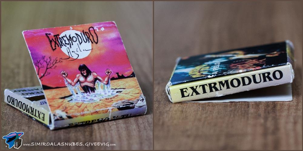 Libro de papel de Platero y Tú y Extremoduro año 1996